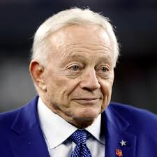 Jerry Jones May Have Single-Handedly Blown Up the NFL's New Anthem Policy –  Texas Monthly