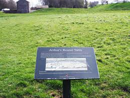 notable king arthur locations round table