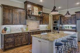 how long do kitchen cabinets last