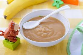 Cách nấu bột cho trẻ 5 tháng tuổi giúp con ăn ngon, mẹ không kịp đút!