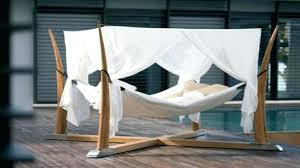 outdoor furniture white. Relaxing Outdoor Furniture . White
