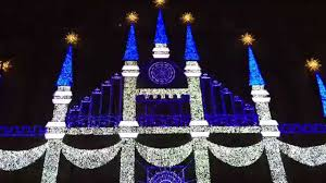Saks Fifth Avenue Light Show 2016 Schedule 2015 Saks Fifth Avenue Holiday 3d Light Show
