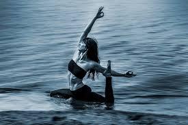 Flowing into your week is Linda Summers!... - lululemon Niagara Outlet |  Facebook