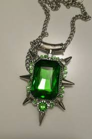 details about zelena green emerald pendant necklace once upon a time wicked witch