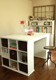 Easy DIY craft desk