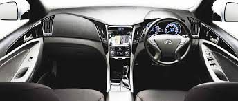 hyundai sonata 2013 interior. inside the latest sonata 20l there are slight changes to centre console with control buttons repositioned for easier access and operation a deep hyundai 2013 interior