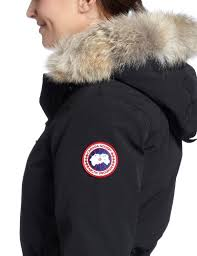 Amazon.com  Canada Goose Women s Whistler Parka,Black,Medium  Sports    Outdoors