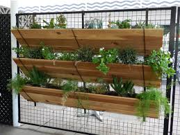 Vertical gardening: 11 ways to get your vegetables to grow up - LA Times