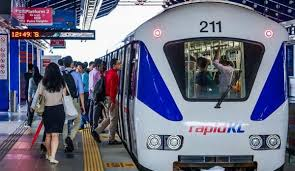 Heavy rail is mostly used for intercity passenger and freight transport as well as some urban public transport. Viral Lrt Train Passengers Masturbate In Front Of Girls Netral News