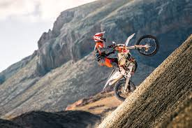 2018 ktm 500 6 days. beautiful 500 450 excf my 17 sixdays_action 02 u201c in 2018 ktm 500 6 days