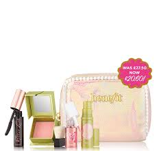 for a limited time only score this minis makeup set and bag for 20 60 worth over 34