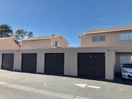 4 unit apartment building offered at 385 000 at a 6 51 cap rate in las vegas nv