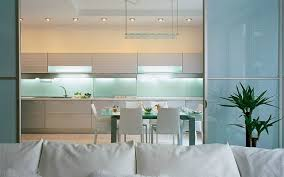 glass kitchen backsplash idea