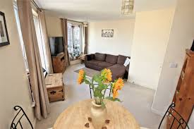 ... Bedrooms:Awesome One Bedroom Flat To Rent In Woking Design Decor Classy  Simple At Home