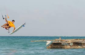 Beginner's kitesurfing course in Jambiani, Zanzibar
