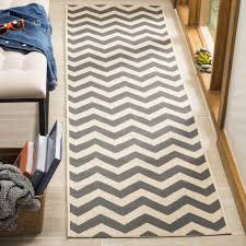 safavieh courtyard chevron grey beige indoor outdoor runner rug 2 4 x 14