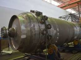 АЭМ технологии изготовили компенсатор давления для Ростовской АЭС Гидравлические испытания это ключевая контрольная операция перед отгрузкой изделия заказчику Во время испытаний в корпусе изделия с помощью воды нагретой
