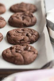 Chewy Chocolate Cookies 4 Ingredient Double Chocolate Cookies Cake Mix Cookies