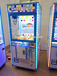Vending Machine Game Unique Nqcb48 Christmas Promotion Luxury Claw Machine Game Coin Operated