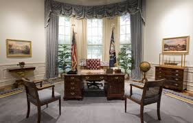 desk in oval office. C\u0026O Desk Oval Office In E