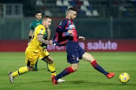 FC Crotone v Parma Calcio - Serie A 665779