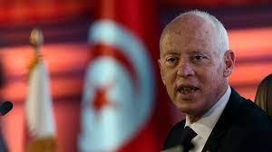 رئيس تونس قيس سعيد يصدر 4 قرارات جديدة منها اعفاء وزيرين - CNN Arabic