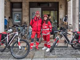 Ems Bicycle Lights Is A Bicycle Ambulance A Good Solution For Urban First Aid