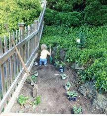 outdoor vegetable garden screen free activities planters