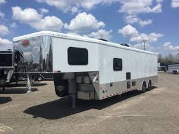 new 2019 sundowner toy hauler with living quarters model 2286gmth