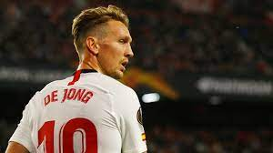 Luuk de Jong apologizes for a barbecue with teammates from Seville - Teller  Report