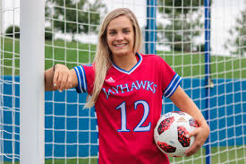 Katie McClure uses competitive upbringing to fuel her success at Kansas  soccer | Sports | kansan.com