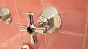 how to remove bathtub fixtures