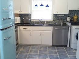 Kitchens With White Cabinets And Tile Floors Otoh Whoever Installed The Used Grout Inspiration