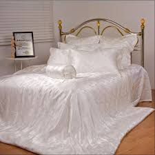 silk bed sheets in jaipur र शम क ब ड