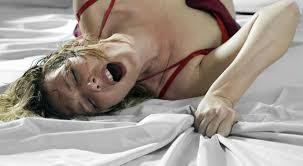 Resultado de imagem para mulheres têm orgasmos durante o sono
