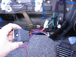 window sunroof relay diy hyundai aftermarket org take a small phillips head screwdriver and adjust it slowly be careful when adjusting if you break it we are not responsible it should turn very easily
