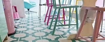 patterned vinyl flooring green bathroom floor tiles