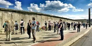 Bildergebnis für Mauer weg
