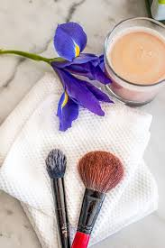say goodbye to toxic chemicals and expensive bought s with this diy makeup