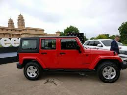 2018 jeep india. simple 2018 2018 jeep wrangler to get u0027picked upu0027 inside jeep india