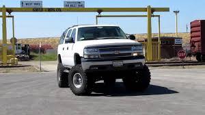 2004 Chevrolet Suburban 2500 4x4 - YouTube