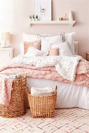 Blush And Gold Bedroom Ideas - Mcahamilton