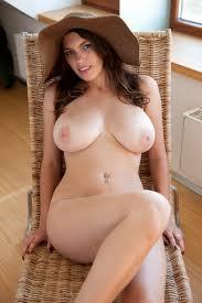 Mature Pale Brunette Nude Sex Porn Pictures