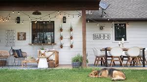 farmhouse style outdoors