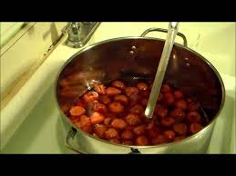 making a strawberry mead