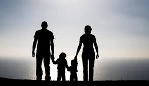 Jadikanlah Ibu Bapa Kita Seperti Seorang Raja....