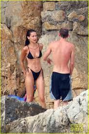 Bella Hadid, Bikini, Marc Kalman ...