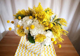yellow and white flowers make bright table flower arrangements  Centerpiece  IdeasYellow ...