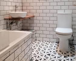 matteo s monochrome bathroom pattern hexagon tiles