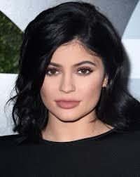 Kylie Jenner Hair: Starlet Shares She Will Never Dye Her Hair Pink ...